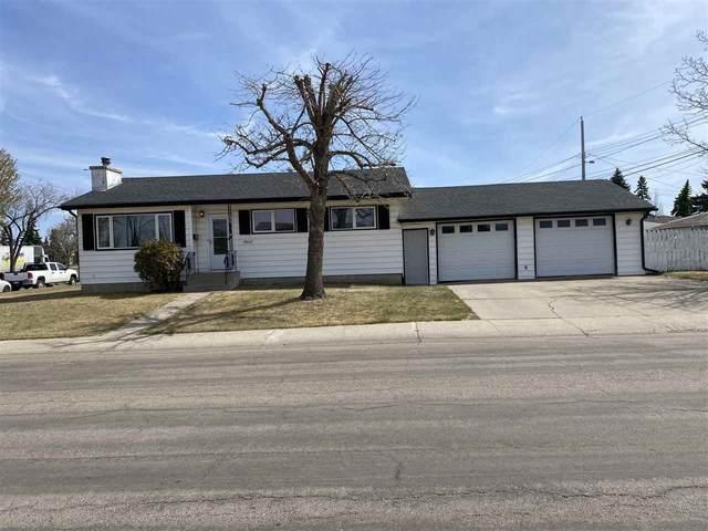 13607 90A Street, Edmonton, AB T5E 3N7 (#E4243024) :: Initia Real Estate