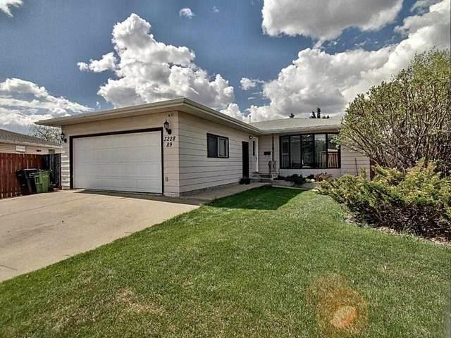 3228 89 Street, Edmonton, AB T6K 2Z4 (#E4244138) :: Initia Real Estate