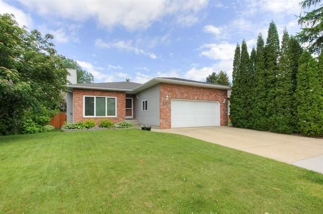 2111 112 Street, Edmonton, AB T6J 5P2 (#E4250405) :: The Foundry Real Estate Company
