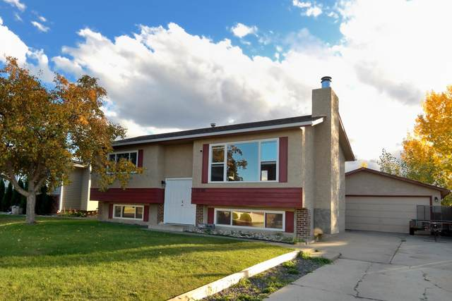 10206 87 Street, Morinville, AB T8R 1B8 (#E4264440) :: The Foundry Real Estate Company