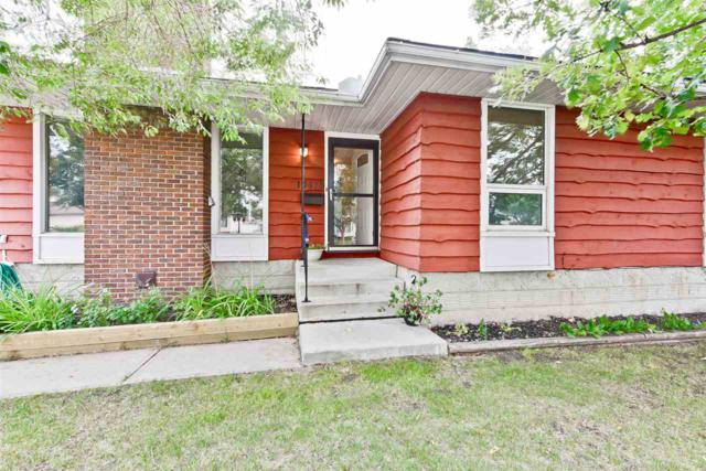 10415 39A Avenue, Edmonton, AB T6J 2J5 (#E4126512) :: Müve Team | RE/MAX Elite