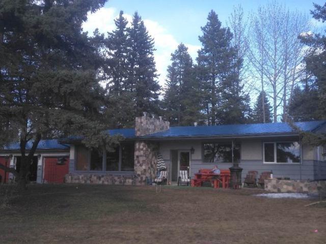 5001 Lake Drive, Rural Wetaskiwin County, AB T0C 2C0 (#E4148636) :: Müve Team | RE/MAX Elite