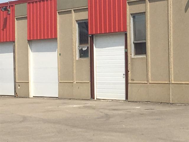 9768 170 NW NW, Edmonton, AB T5T 5L4 (#E4167638) :: David St. Jean Real Estate Group