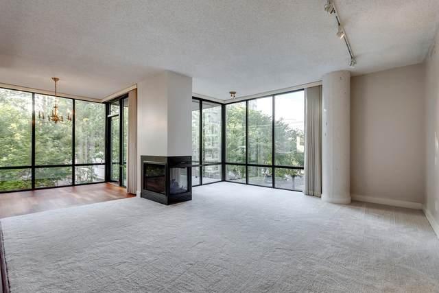 305 10028 119 Street, Edmonton, AB T5K 1Y8 (#E4262877) :: Initia Real Estate