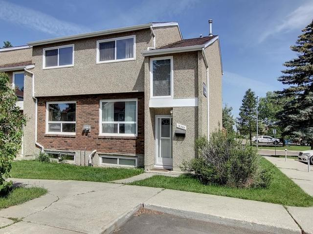 18353 93 Avenue, Edmonton, AB T5T 1V2 (#E4078761) :: The Foundry Real Estate Company