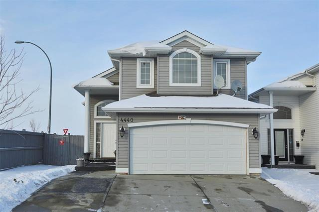 4440 157 Avenue NW, Edmonton, AB T5Y 3H2 (#E4101347) :: The Foundry Real Estate Company