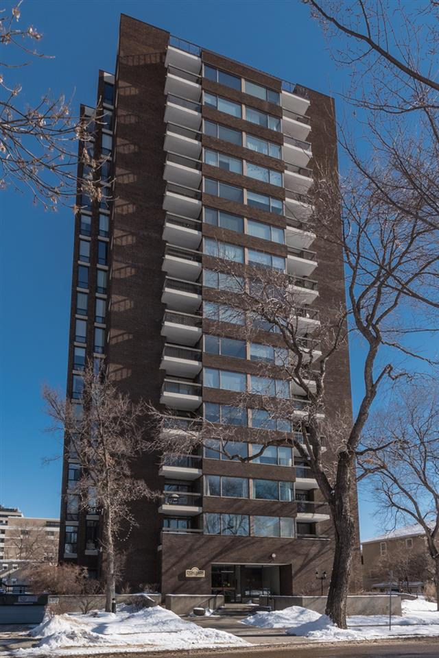 201 10025 113 Street NW, Edmonton, AB T5K 2K8 (#E4101603) :: The Foundry Real Estate Company