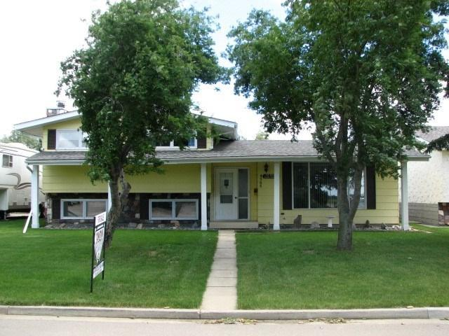 4705 51 Street, Legal, AB T0G 1L0 (#E4103253) :: The Foundry Real Estate Company