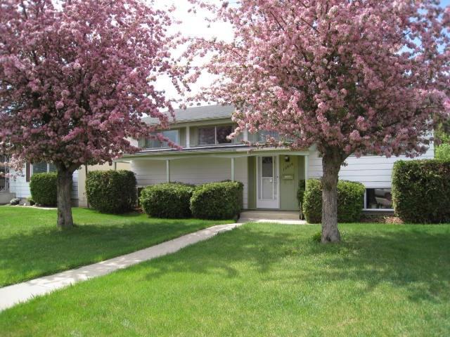 13816 88 Street NW, Edmonton, AB T5E 3J2 (#E4103399) :: The Foundry Real Estate Company