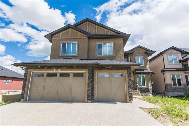 1322 Adamson Drive, Edmonton, AB T6W 2N8 (#E4104290) :: The Foundry Real Estate Company