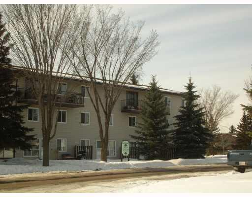 209 6103 35A Avenue NW, Edmonton, AB T6G 1C7 (#E4106974) :: The Foundry Real Estate Company
