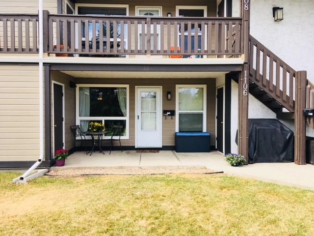 1106 Saddleback Road, Edmonton, AB T6J 4Z4 (#E4110369) :: The Foundry Real Estate Company