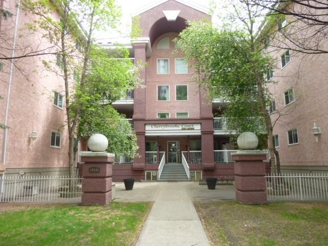 102 10153 117 Street NW, Edmonton, AB T5K 1X5 (#E4112105) :: The Foundry Real Estate Company