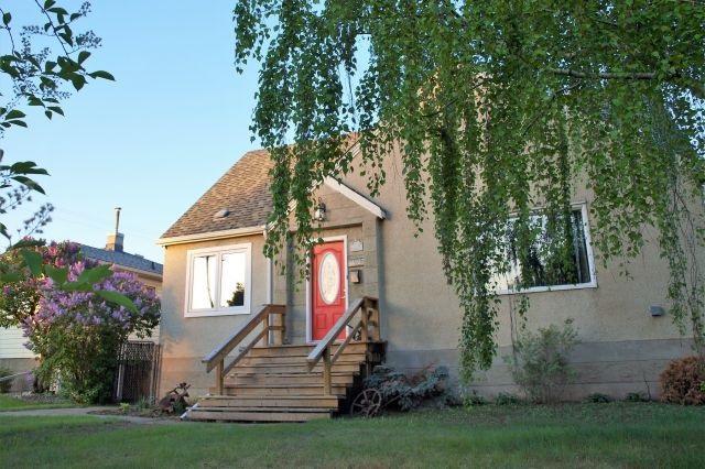 11127 118 Street, Edmonton, AB T5G 2W8 (#E4114575) :: The Foundry Real Estate Company