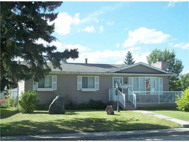 5028 51 Street, Entwistle, AB T0E 0S0 (#E4114670) :: The Foundry Real Estate Company