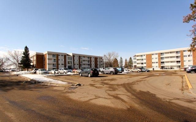 77 11265 31 Avenue, Edmonton, AB T6J 3V4 (#E4115273) :: The Foundry Real Estate Company