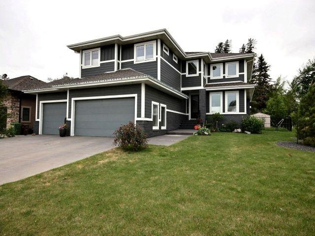 63 Lacombe Drive, St. Albert, AB T8N 4E8 (#E4116758) :: The Foundry Real Estate Company