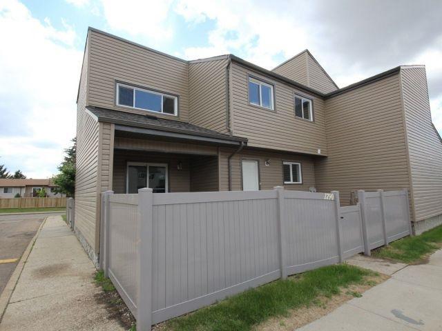 1790 Lakewood Road S, Edmonton, AB T6K 3B6 (#E4116850) :: The Foundry Real Estate Company