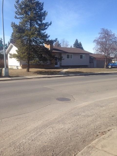 3920 117 Street, Edmonton, AB T6J 1T3 (#E4116906) :: Müve Team   RE/MAX Elite