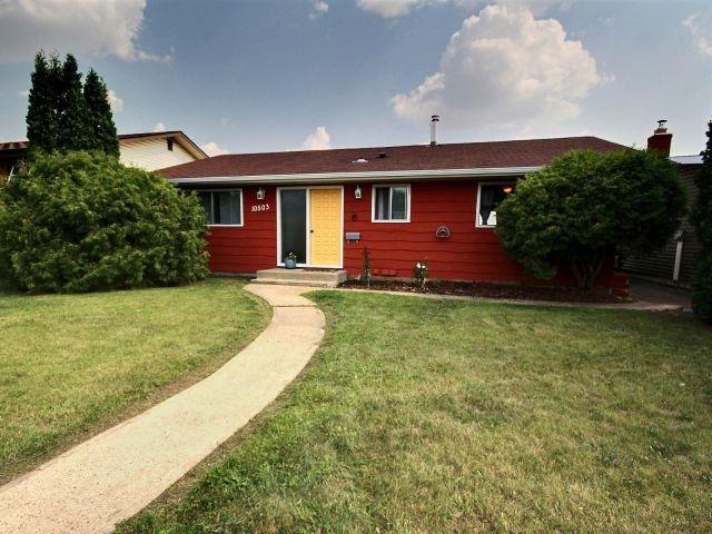 10503 30 Street, Edmonton, AB T5W 1V6 (#E4123395) :: The Foundry Real Estate Company