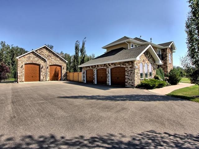 21416 25 Avenue SW, Edmonton, AB T6M 0E1 (#E4124449) :: The Foundry Real Estate Company