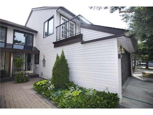 66 Grandin Wood(S), St. Albert, AB T8N 2Y4 (#E4125367) :: The Foundry Real Estate Company