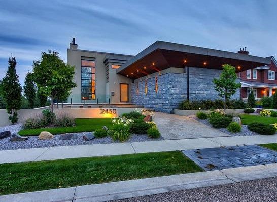 2450 Cameron Ravine Drive, Edmonton, AB T6M 0J2 (#E4129812) :: The Foundry Real Estate Company
