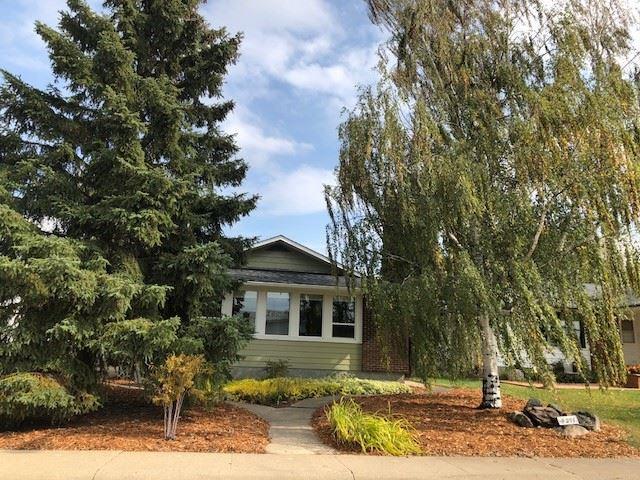 4311 114A Street, Edmonton, AB T6J 1N6 (#E4130329) :: The Foundry Real Estate Company