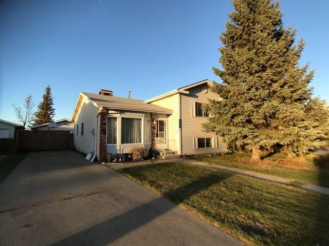 5843 185 Street, Edmonton, AB T6M 1X9 (#E4132486) :: The Foundry Real Estate Company