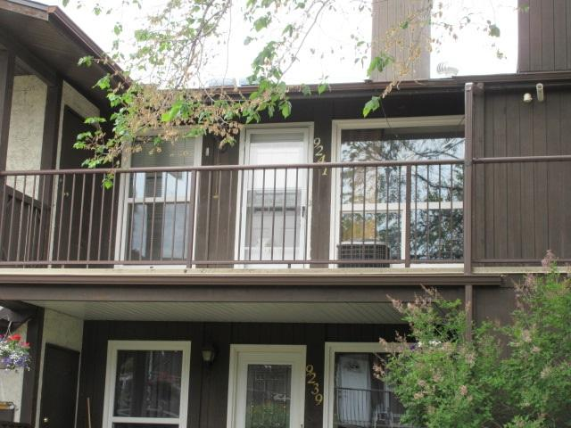 9241 172 Street, Edmonton, AB T5T 3C3 (#E4132531) :: The Foundry Real Estate Company