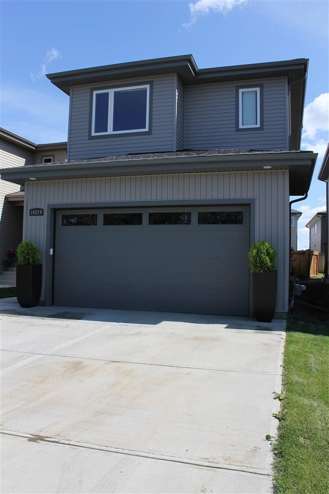 16219 139 Street NW, Edmonton, AB T6V 1J4 (#E4132564) :: The Foundry Real Estate Company
