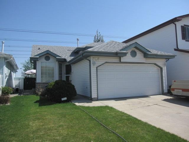 825 Blacklock Way SW, Edmonton, AB T6W 1C6 (#E4132779) :: The Foundry Real Estate Company