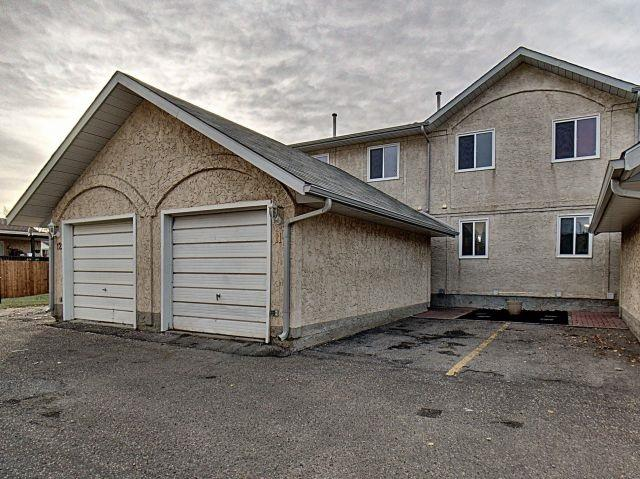 11 14803 34 Street, Edmonton, AB T5Y 2L3 (#E4133182) :: The Foundry Real Estate Company