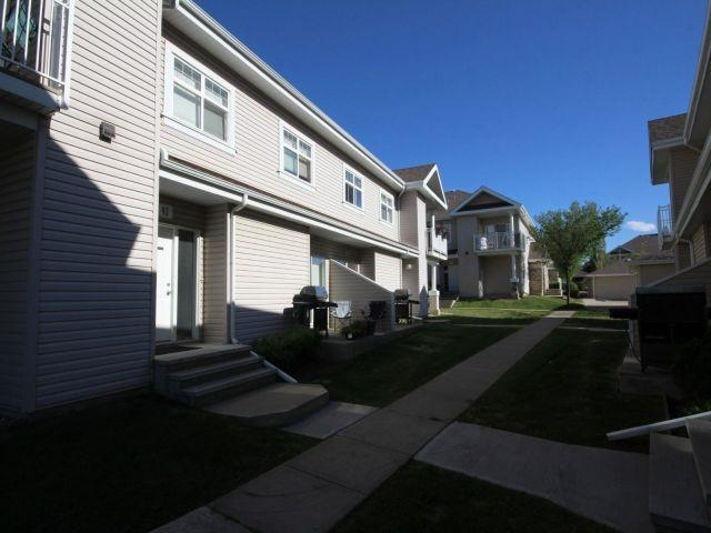 93 3040 Spence Wynd, Edmonton, AB T6X 1N7 (#E4134963) :: The Foundry Real Estate Company