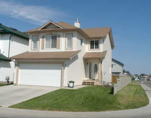 3211 25 Street, Edmonton, AB T6T 1Z6 (#E4135217) :: The Foundry Real Estate Company