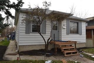 8927 76 Avenue, Edmonton, AB T6C 0J6 (#E4135331) :: The Foundry Real Estate Company