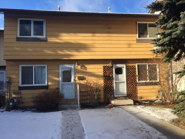 148 Woodstock Court, Edmonton, AB T5T 0H6 (#E4135759) :: The Foundry Real Estate Company