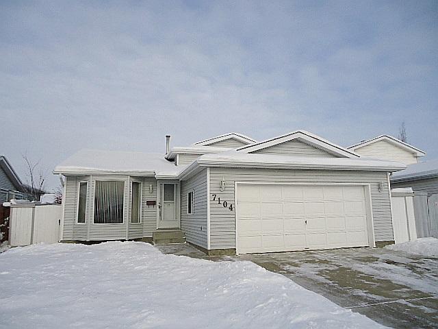 7104 153A Avenue, Edmonton, AB T5Z 2Y3 (#E4138000) :: Müve Team | RE/MAX Elite