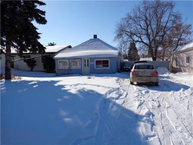 5014 50 AVE, Sedgewick, AB T0B 4C0 (#E4138163) :: The Foundry Real Estate Company
