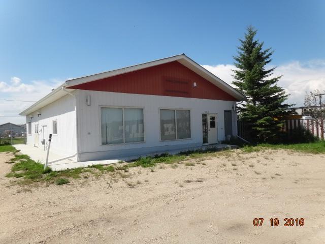 6124 46 Street, Barrhead, AB T7N 1A3 (#E4145579) :: The Foundry Real Estate Company