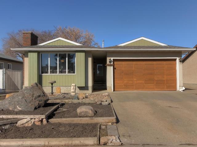 13812 26 Street, Edmonton, AB T5Y 1B4 (#E4152745) :: David St. Jean Real Estate Group
