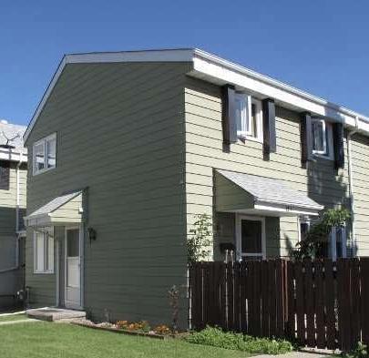 12D Callingwood Court, Edmonton, AB T5T 0H5 (#E4153130) :: The Foundry Real Estate Company
