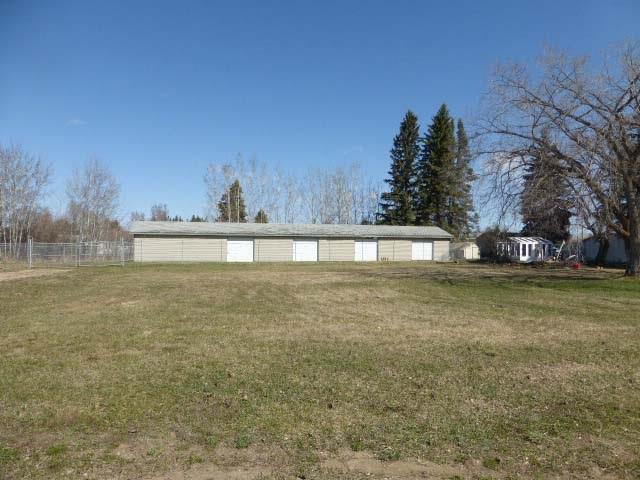 5002,5004,5006 52 ST, Thorsby, AB T0C 2P0 (#E4156103) :: Mozaic Realty Group