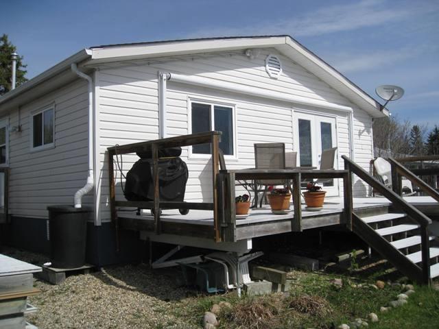 213 2 Street, Rural Lac Ste. Anne County, AB T0E 1A1 (#E4157512) :: David St. Jean Real Estate Group
