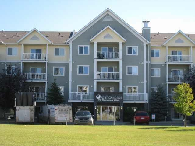 112 70 Woodsmere Close, Fort Saskatchewan, AB T8L 4R8 (#E4157634) :: The Foundry Real Estate Company