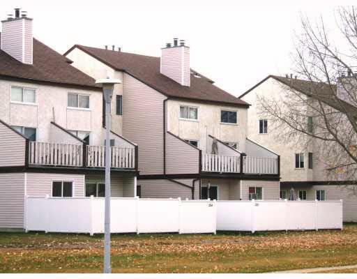 134 Lancaster Terrace, Edmonton, AB T5X 5S8 (#E4159310) :: Mozaic Realty Group