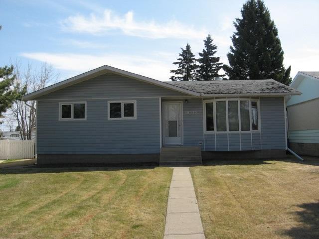 10375 107A Avenue, Westlock, AB T7P 1J4 (#E4161055) :: David St. Jean Real Estate Group