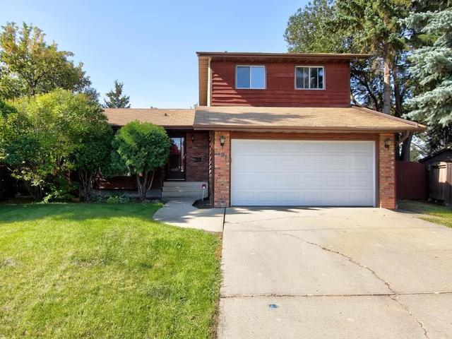 197 Grand Meadow Crescent, Edmonton, AB T6L 1X1 (#E4162068) :: David St. Jean Real Estate Group