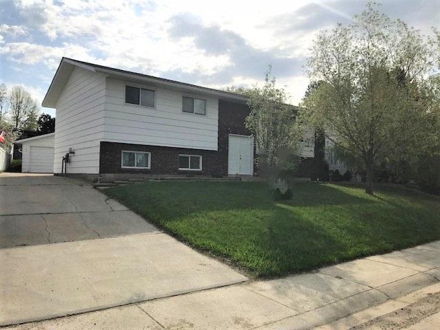 4612 53 Street, Drayton Valley, AB T7A 1K8 (#E4162258) :: David St. Jean Real Estate Group