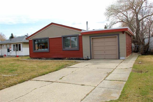 11515 130 Avenue, Edmonton, AB T5E 0T8 (#E4162495) :: David St. Jean Real Estate Group